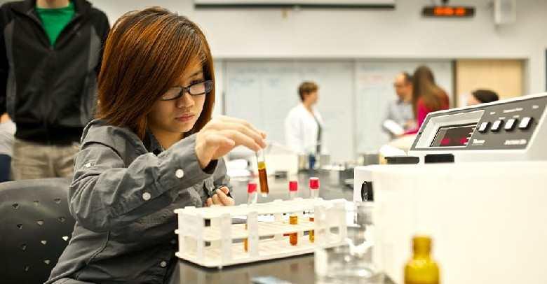 آزمایشگاه علوم تجربی